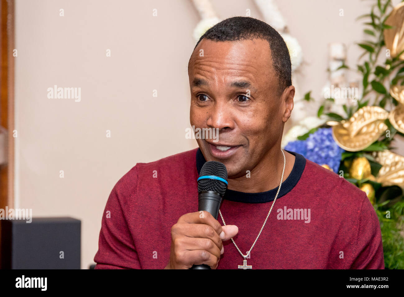 Park House Restaurant, Cardiff, Wales, 31st March 2018: Former boxing legend Sugar Ray Leonard speaks at an event in Cardiff before the Joshua v Parker fight in the principality stadium Credit: Andrew Dowling/Influential Photography/Alamy Live News - Stock Image