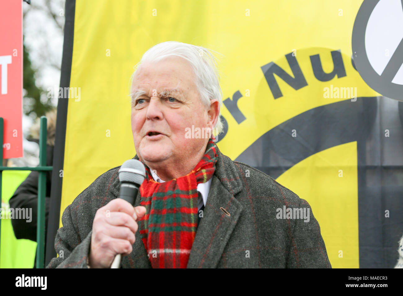 1st April, 2018. Bruce Kent speaks at the rally. CND celebrate the 60th anniversary of the first Aldermaston march - an event that mobilised thousands against the Bomb and shaped radical protest for generations. Penelope Barritt/Alamy Live News - Stock Image