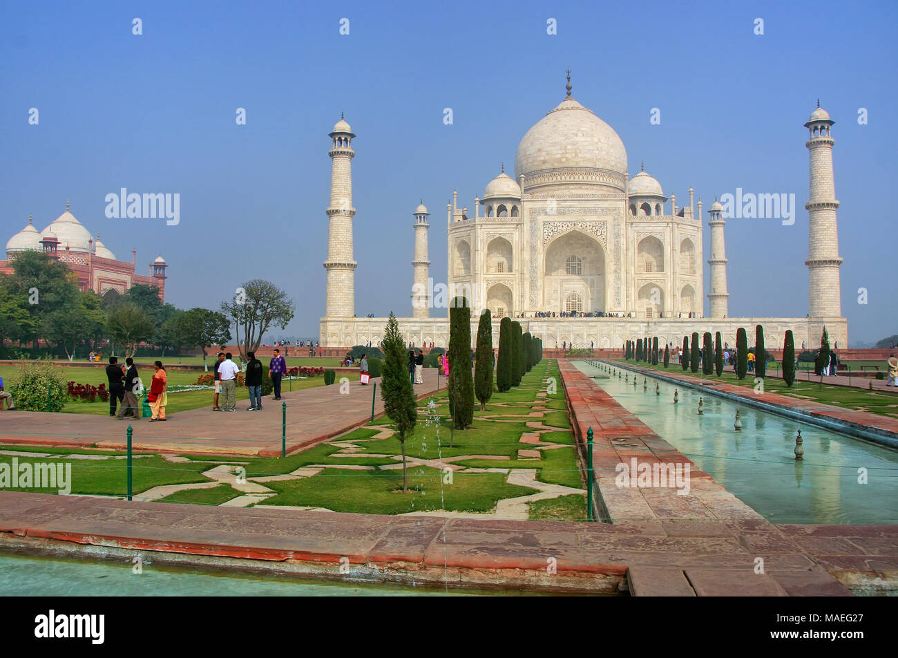 Taj Mahal with reflecting pool in Agra, Uttar Pradesh, India. It was build in 1632 by Emperor Shah Jahan as a memorial for his second wife Mumtaz Maha - Stock Image