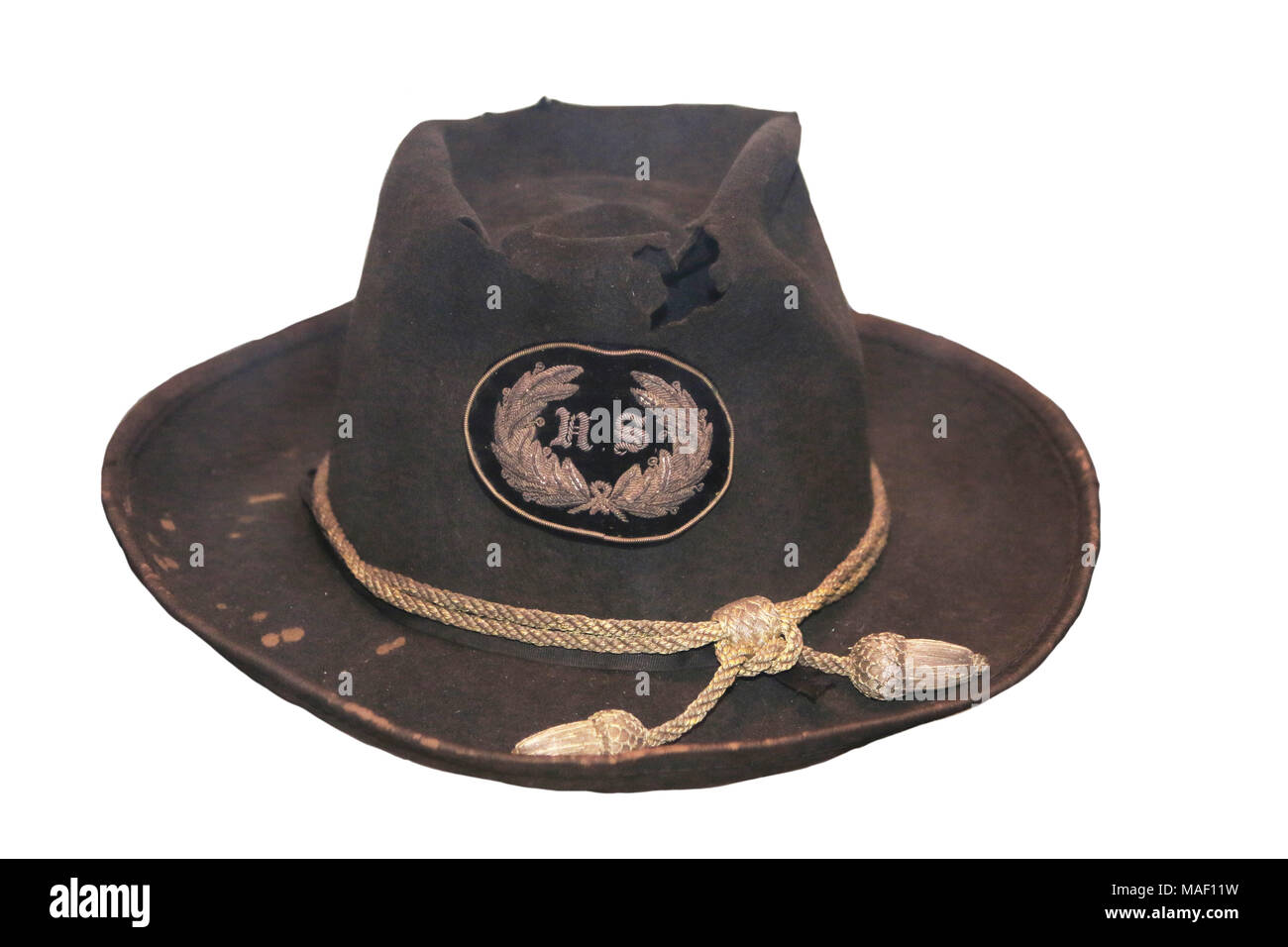 e9aa21f6ed7 American Civil War  Slouch hat with staff insignia and gold General s cords  worn by Major