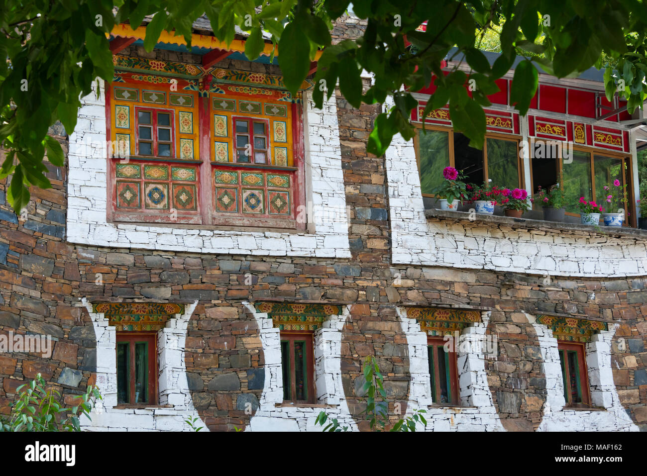 Old house in Zhuokeji Headman's Village, Ngawa Tibetan and Qiang Autonomous Prefecture, western Sichuan, China - Stock Image