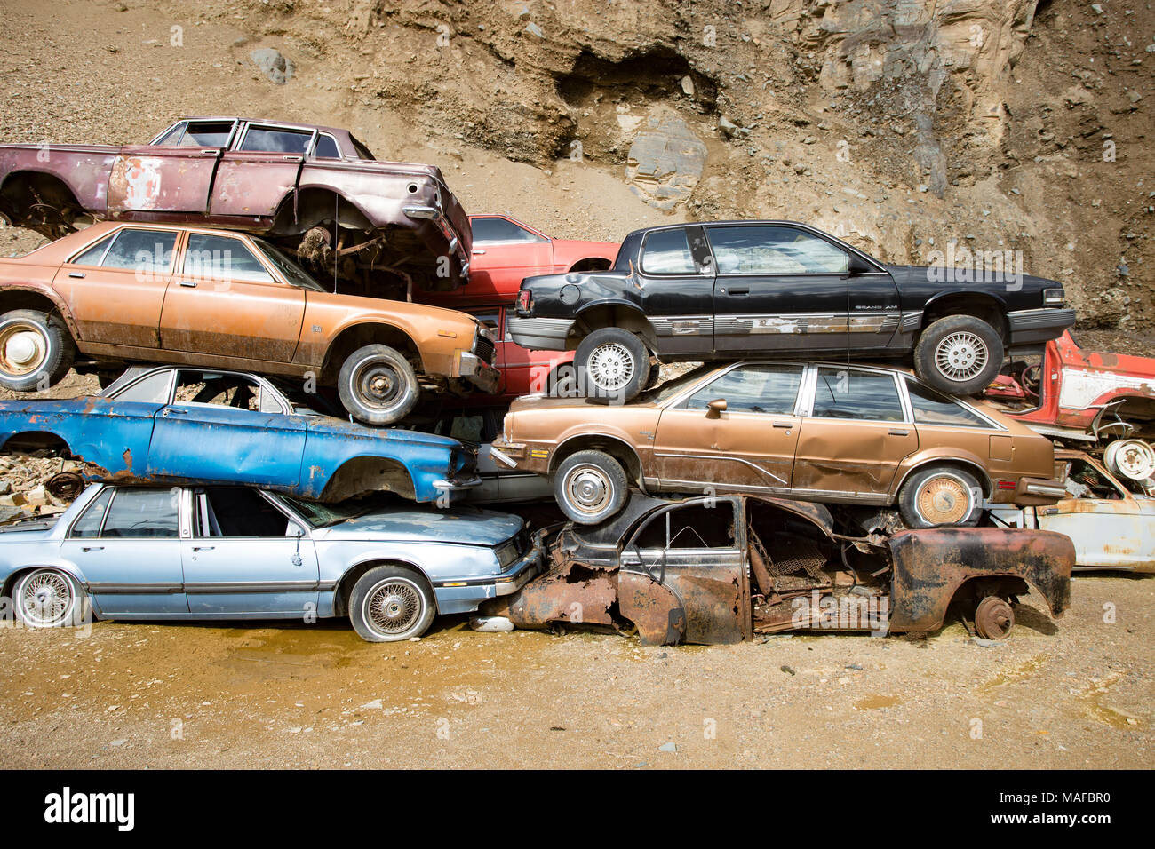 Junk Cars Stock Photos & Junk Cars Stock Images - Alamy