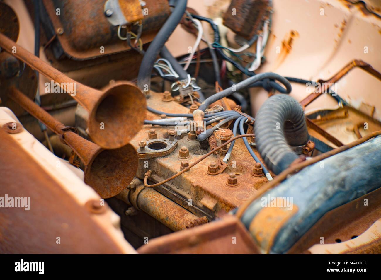 6 Cylinder Engine Stock Photos & 6 Cylinder Engine Stock Images - Alamy
