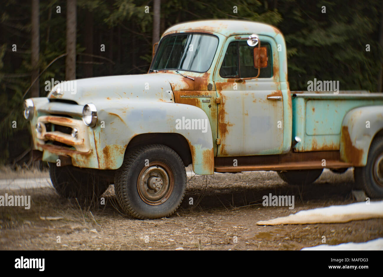 Blue Pickup Truck Stock Photos & Blue Pickup Truck Stock Images - Alamy