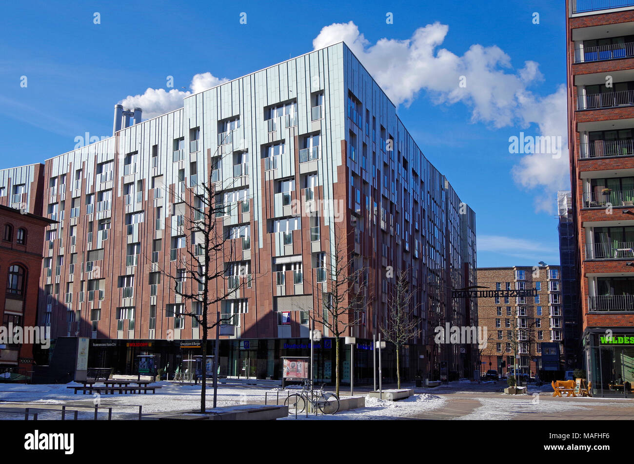 UberseeBoulevard, a 400m long shopping street, with apartment buildings above, in Hafen City, an immense  urban redevelopment project, in Hamburg - Stock Image