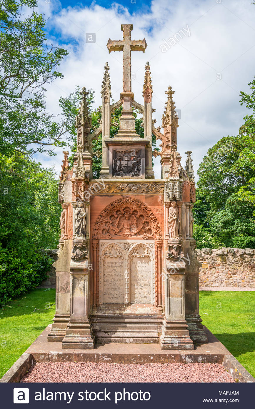 Rosslyn Chapel on a sunny summer day, located at the village of Roslin, Midlothian, Scotland. - Stock Image