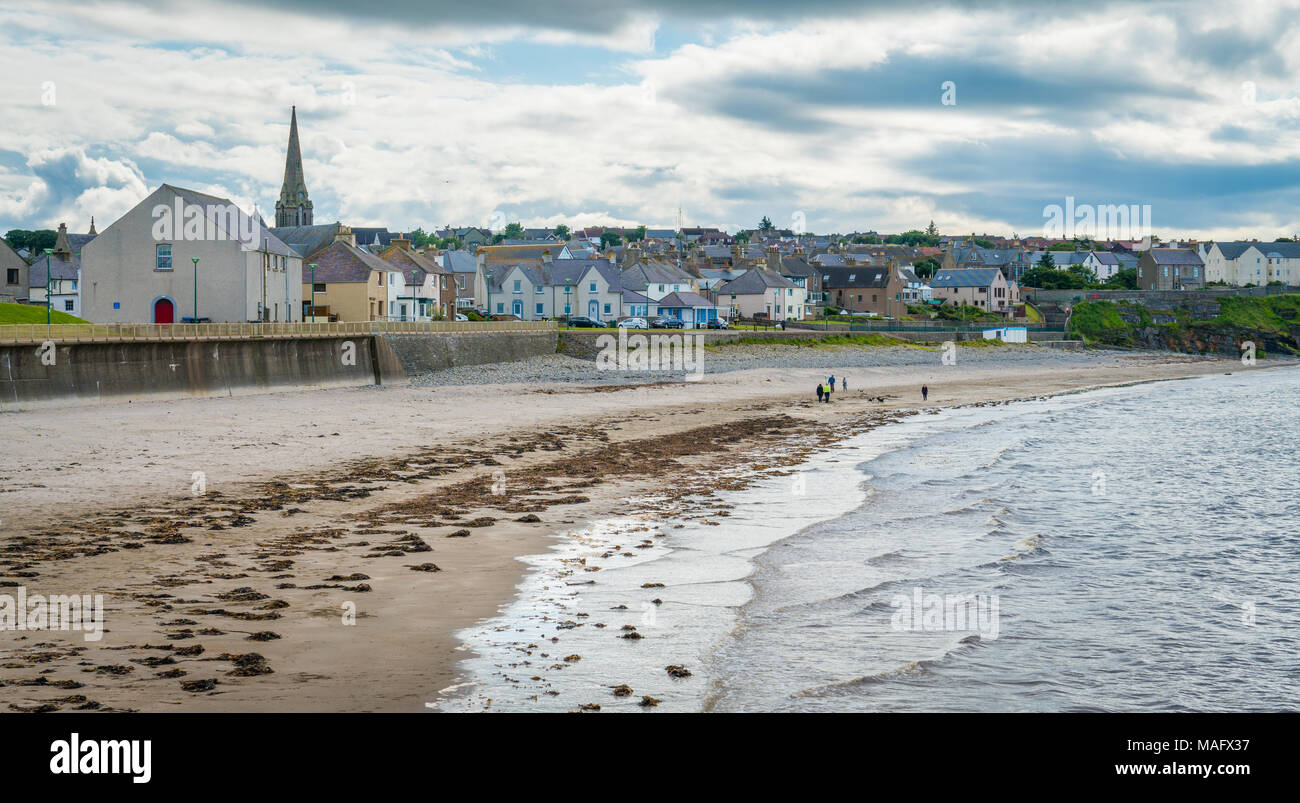 Thurso beach in a cloudy summer afternoon, Caithness, Scotland. - Stock Image