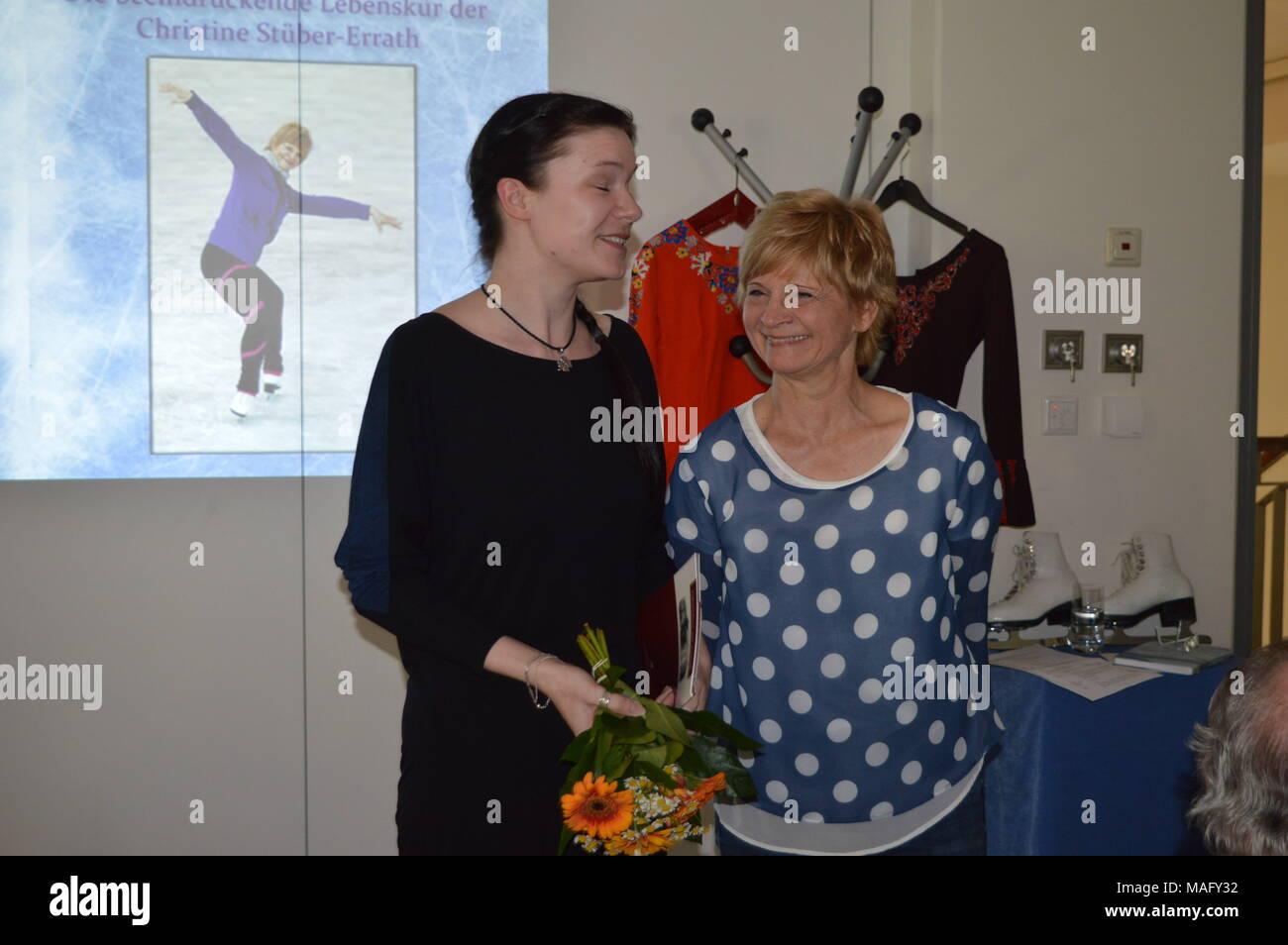 Christine Stüber-Errath Eiskunstlauf  DDR Weltmeisterin Europameisterin Autorin Moderatorin Schauspielerin Die Anfängerin - Stock Image