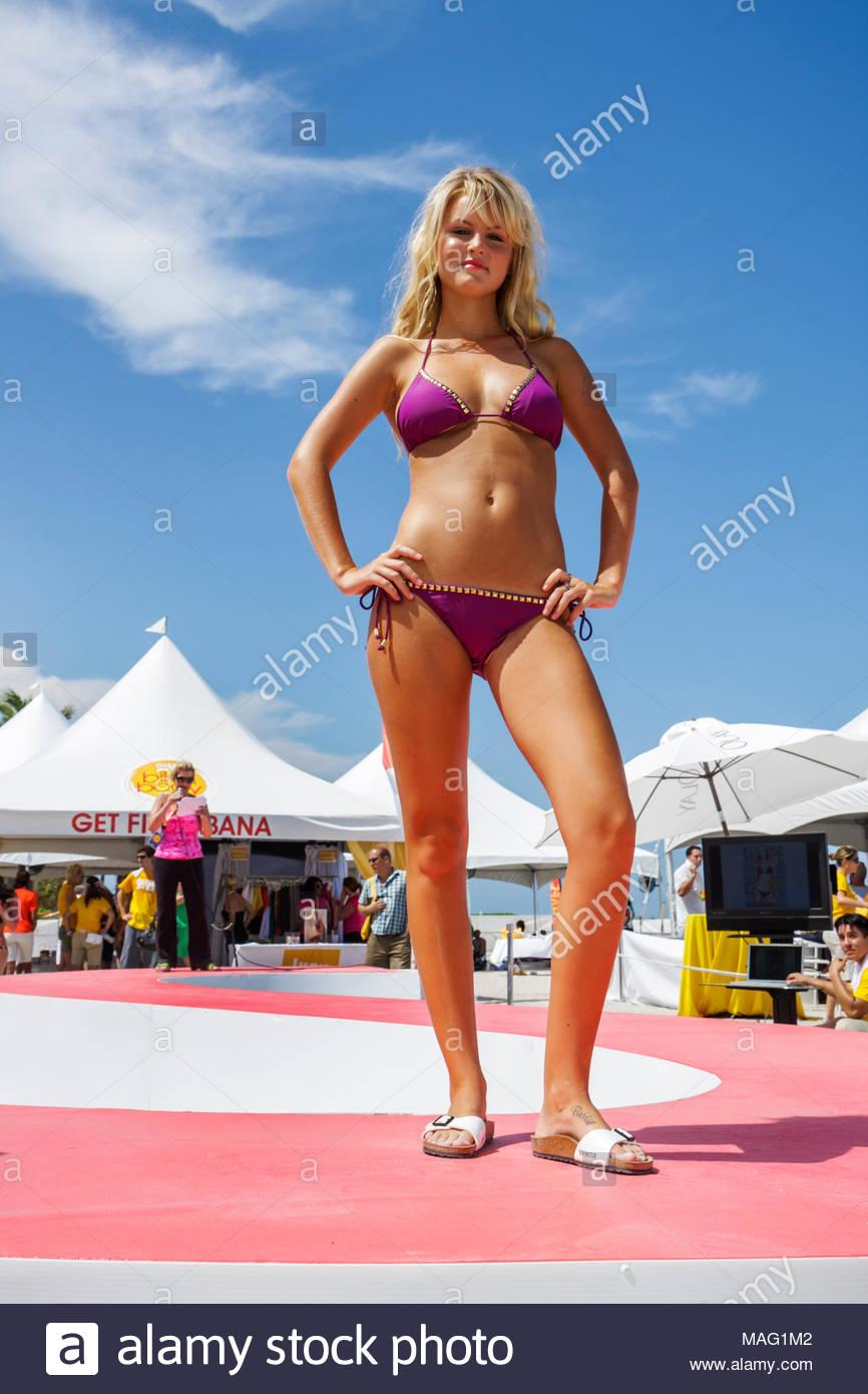 Sexy latina bikini model