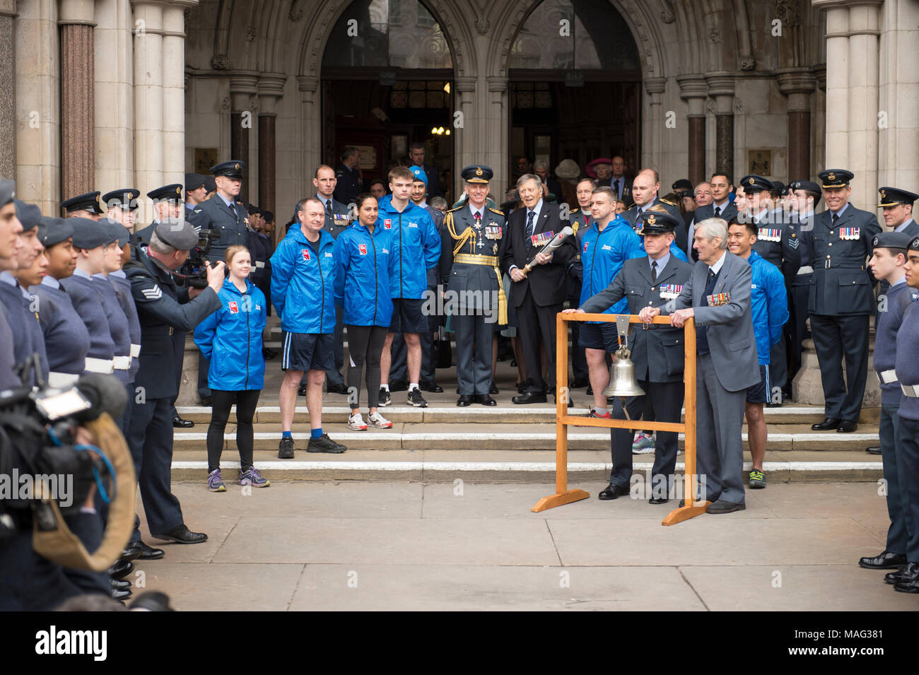 Chief of the Air Staff Sir Stephen Hillier at launch of the RAF100 relay, Royal Courts of Justice, London UK. - Stock Image