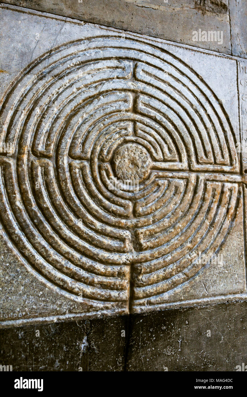 Stone labyrinth in Lucca. Tuscany - Stock Image
