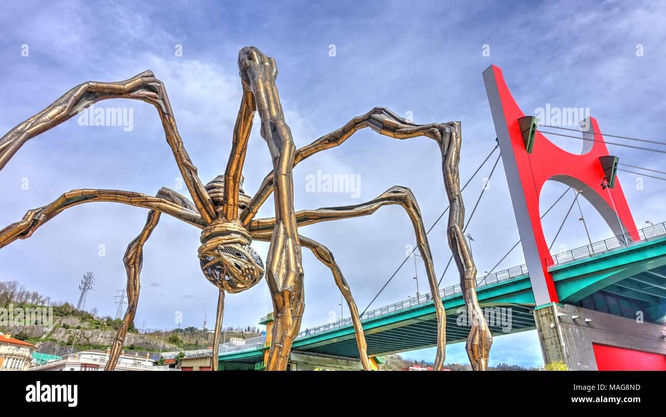 La Salve Bridge by Buren and Spider Sculpture by Elizabeth Bourgeois, Bilbao, Basque Country, Spain - Stock Image