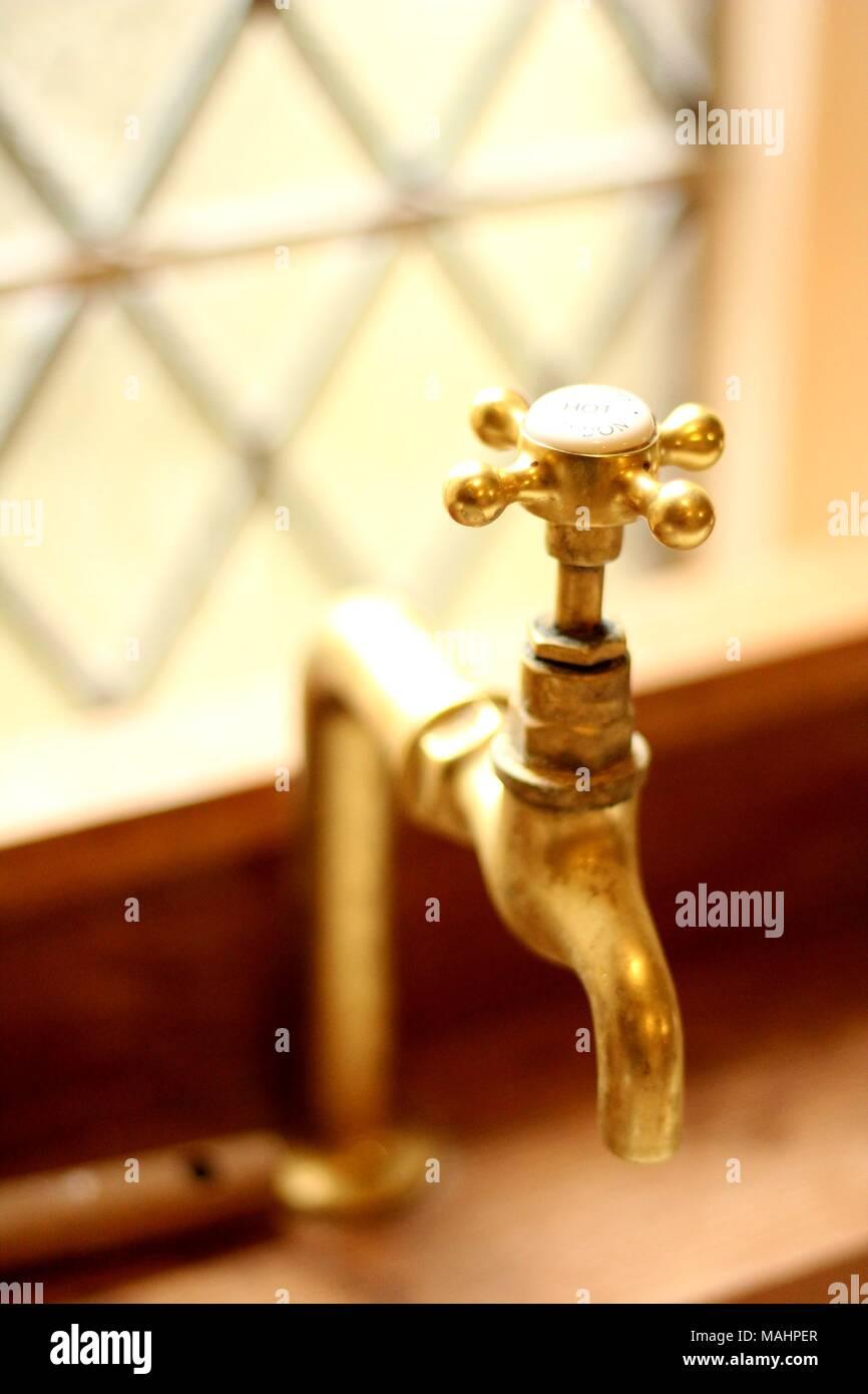 Kitchen Taps Stock Photos & Kitchen Taps Stock Images - Alamy