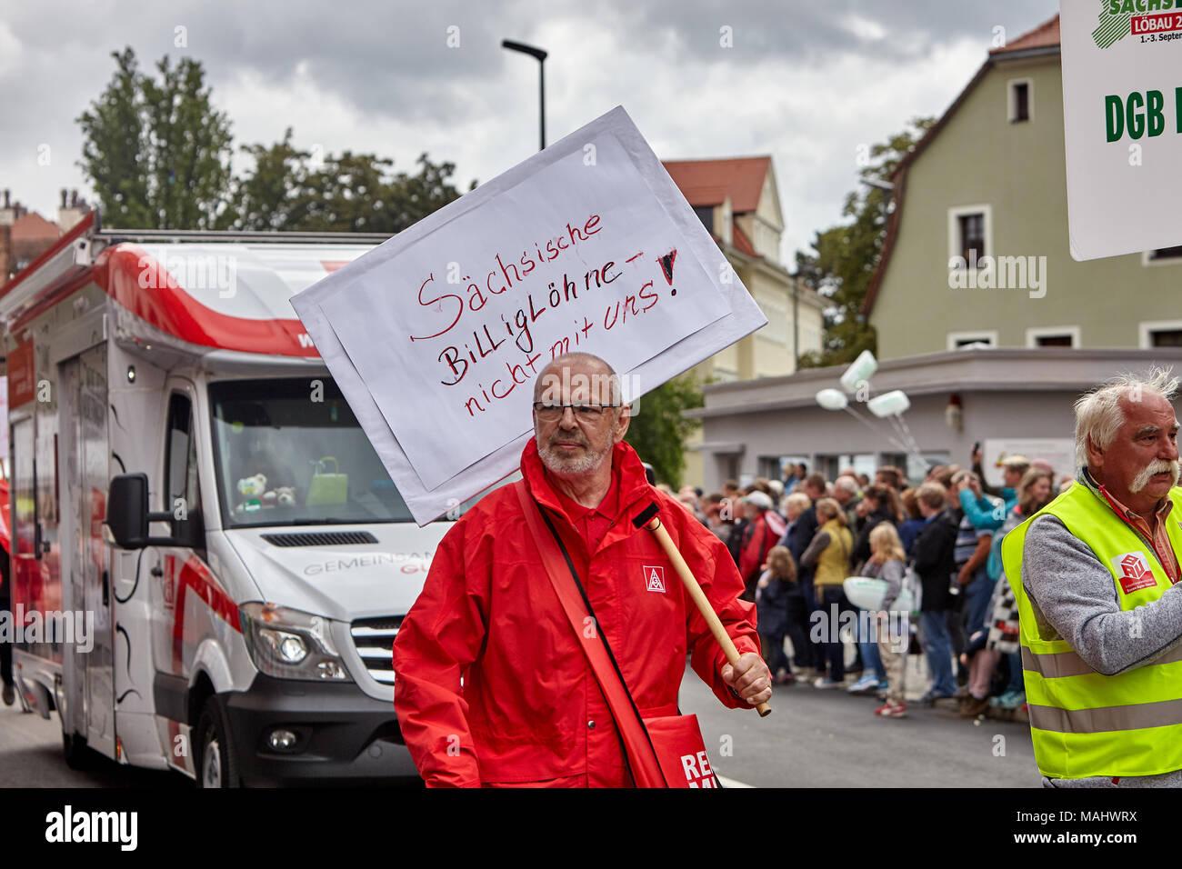 Saechsische Billigloehne - nicht mit uns! - Stock Image