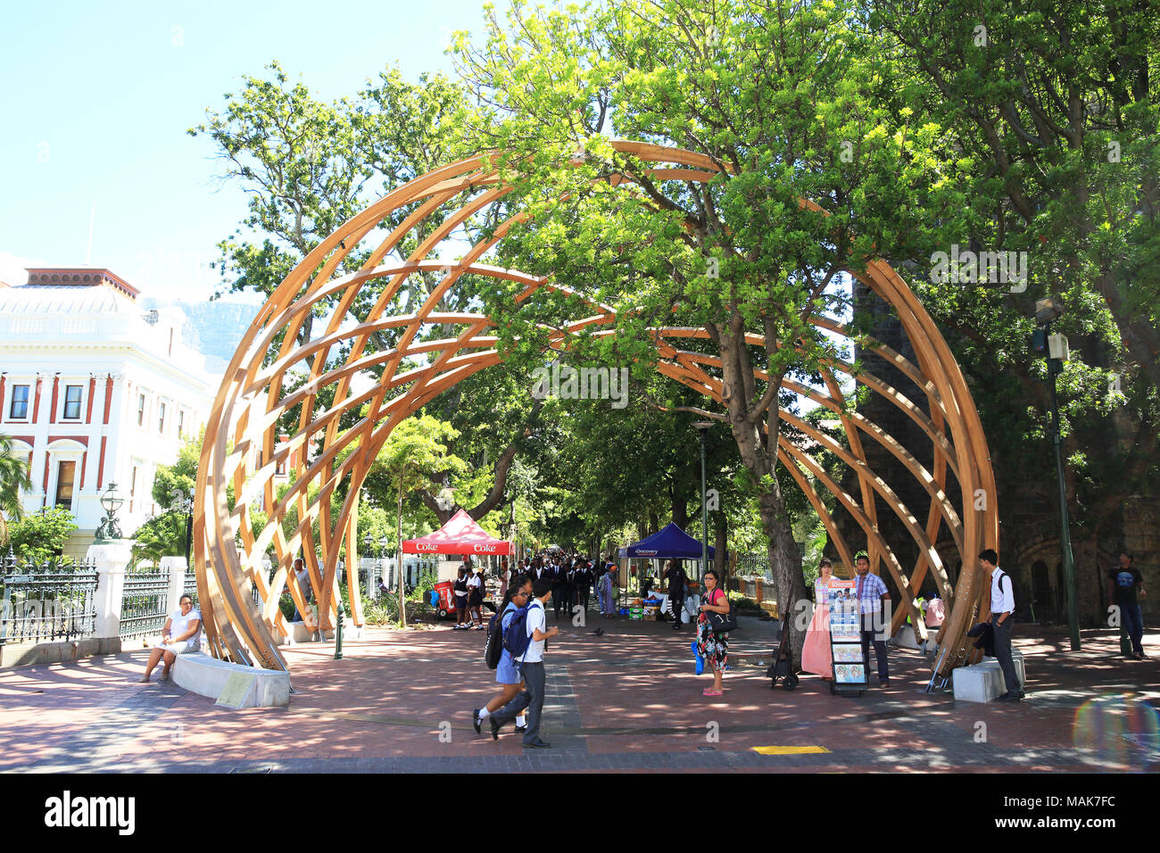 The pedestrianised street of Government Avenue, next to Company's Garden, in central Cape Town, South Africa - Stock Image