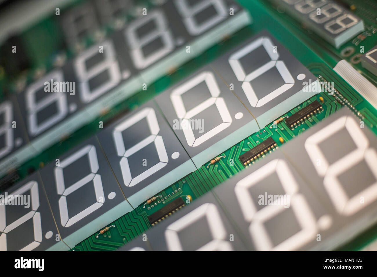 Circuit Board Digital Display Wiring Diagram For Professional Logic 7 Segment Electronic Components With Stock Rh Alamy Com Counter