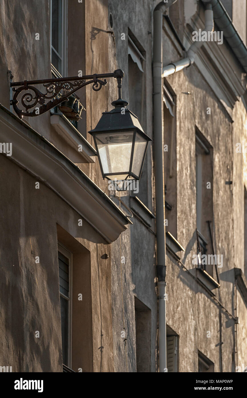 RUE MOUFFETARD, PARIS, FRANCE:  Old Street lamp - Stock Image