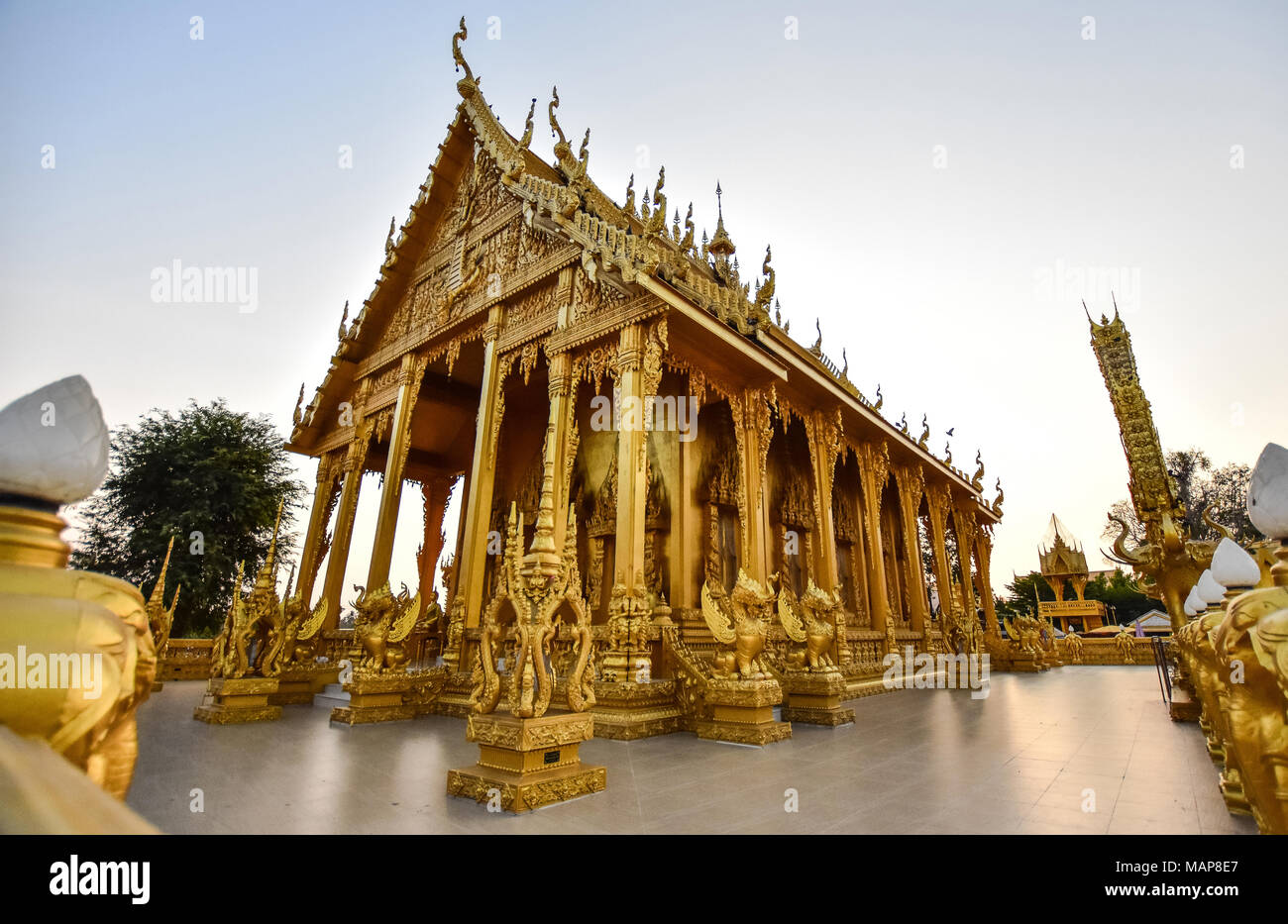 gold temple at Chachoengsao - Stock Image