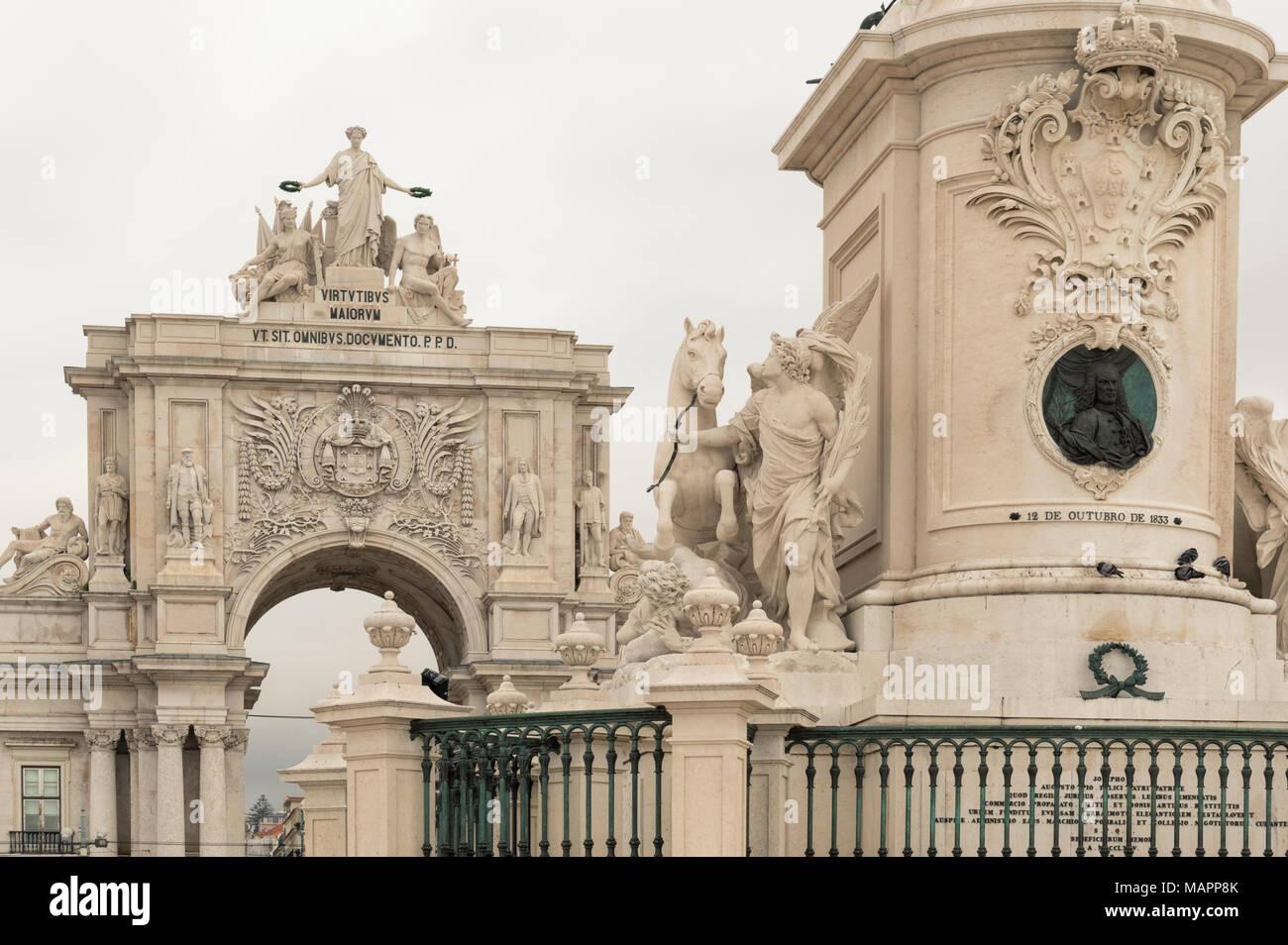 The Rua Augusta arch in the Praca do Comercio - Stock Image