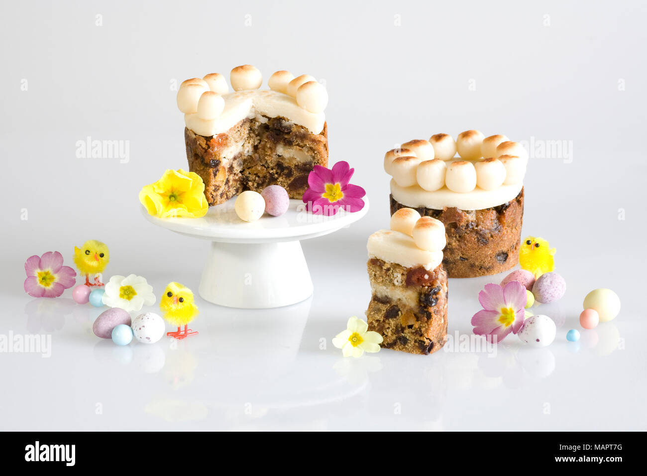 Homebaked mini simnel cakes. - Stock Image