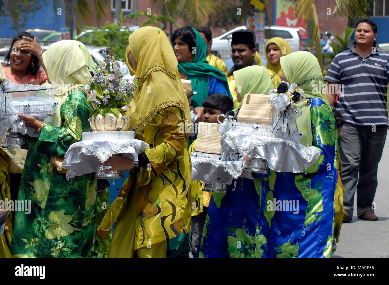 Malay Wedding Gifts: Malay Lady Stock Photos & Malay Lady Stock Images