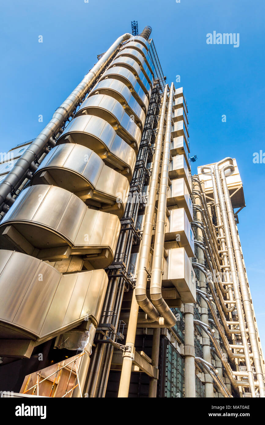 The Lloyd's Building designed by Richard Rogers, City of London, UK - Stock Image