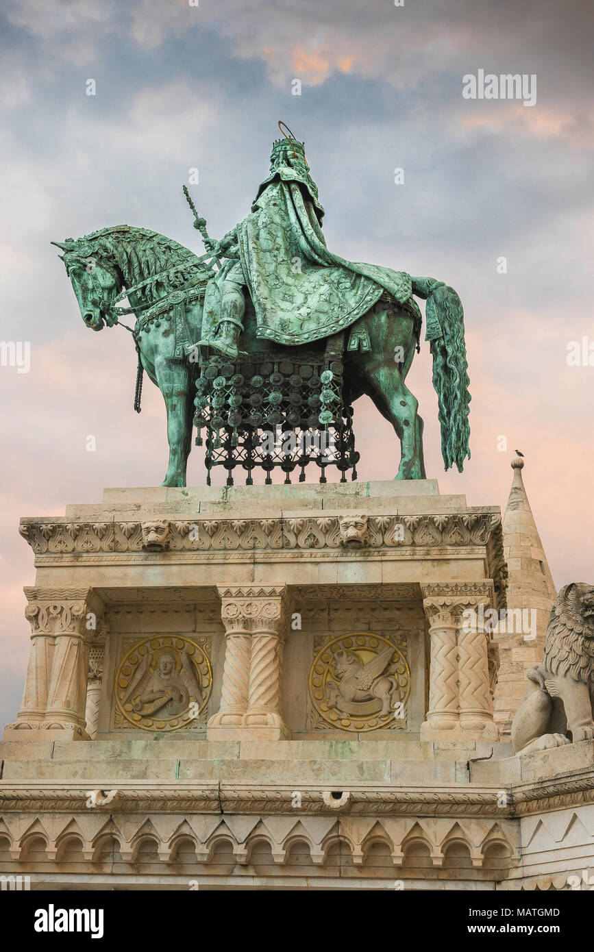 Statue of King Stephen sited near the Fishermens Bastion at the centre of the Var area of Buda, Budapest, Hungary. - Stock Image