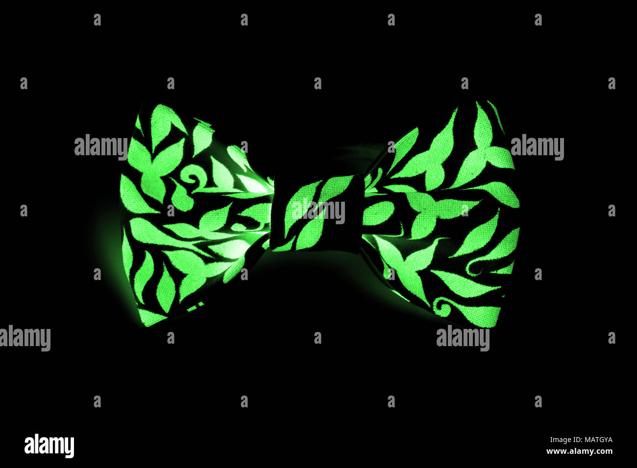 one beautiful small butterfly made of cloth on the hair bands to ...