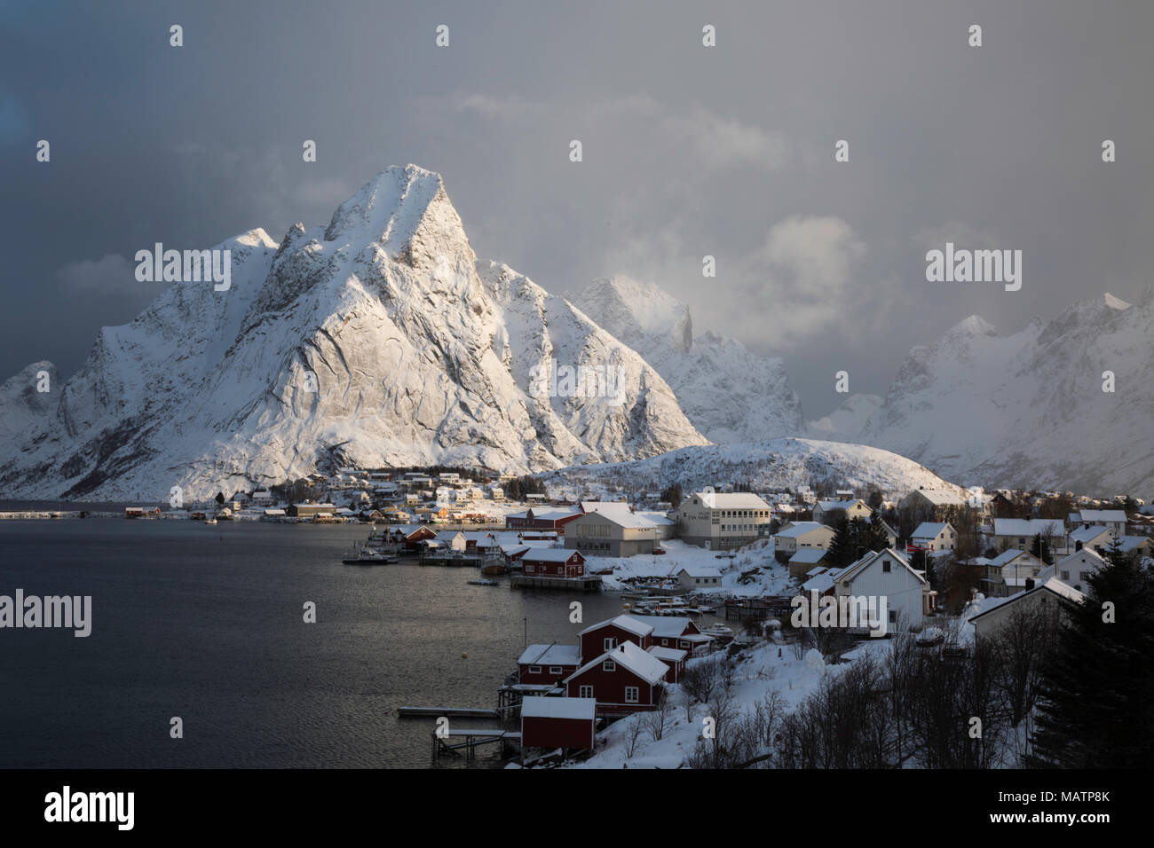 Morning light on Olstinden, Lofoten Norway - Stock Image