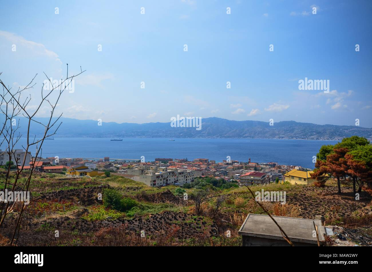Villa san Giovanni, Italy, Calabria August 15 2015. View of the Strait of Messina, from Calabria to Sicily. - Stock Image