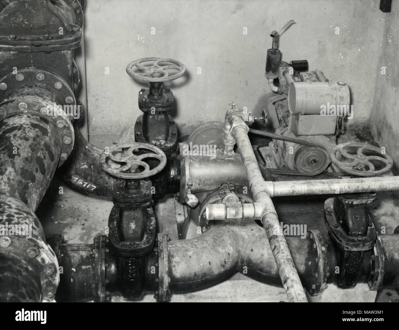 Diesel driven pumps in Pump Station, Rhodesian Selection Trust, Kafue Pilot Polder, Zambia, South Rhodesia 1957 - Stock Image