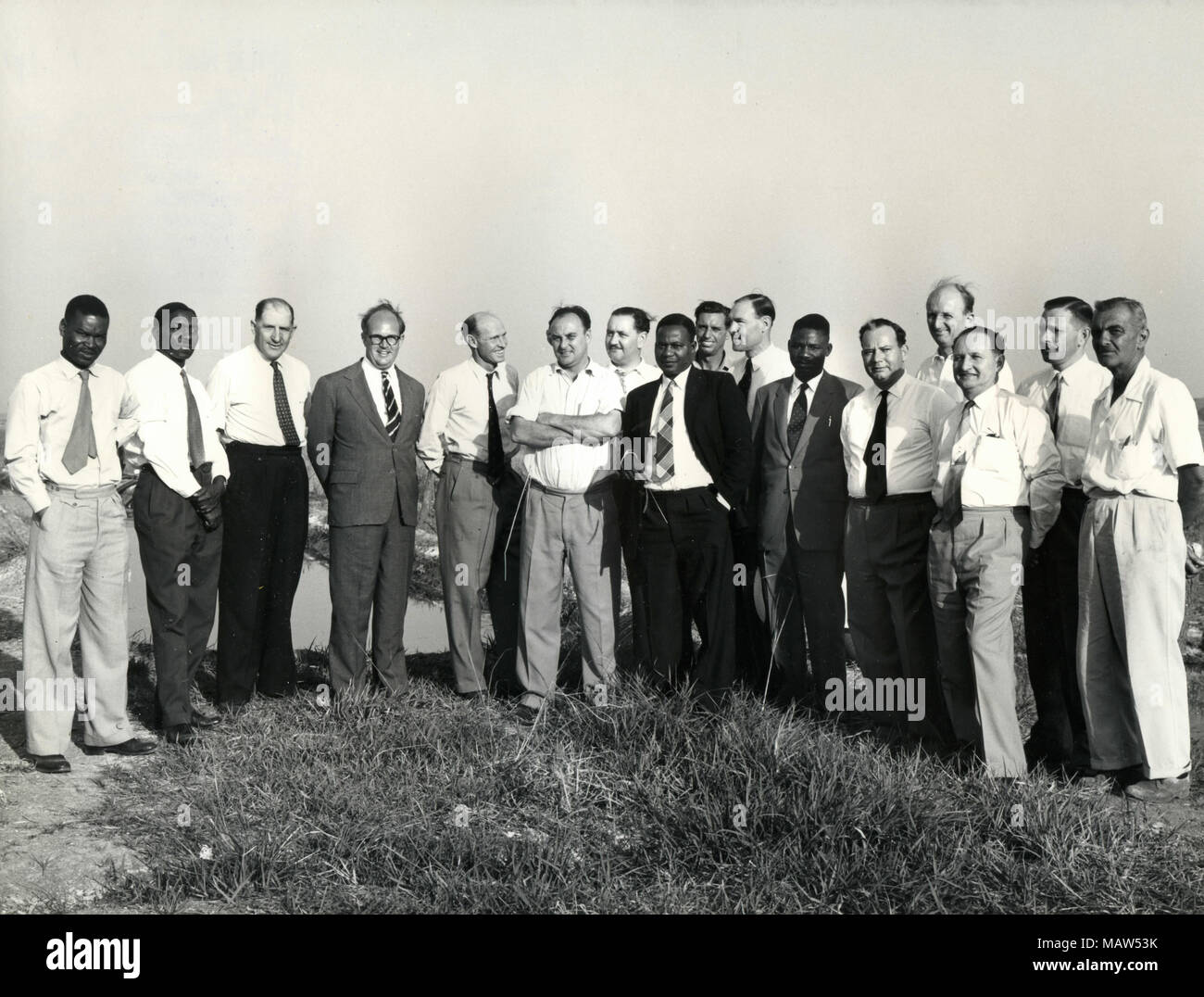 Party of members, ministers, and ponder personnel, Rhodesian Selection Trust, Kafue Pilot Polder, Zambia, South Rhodesia 1959 - Stock Image