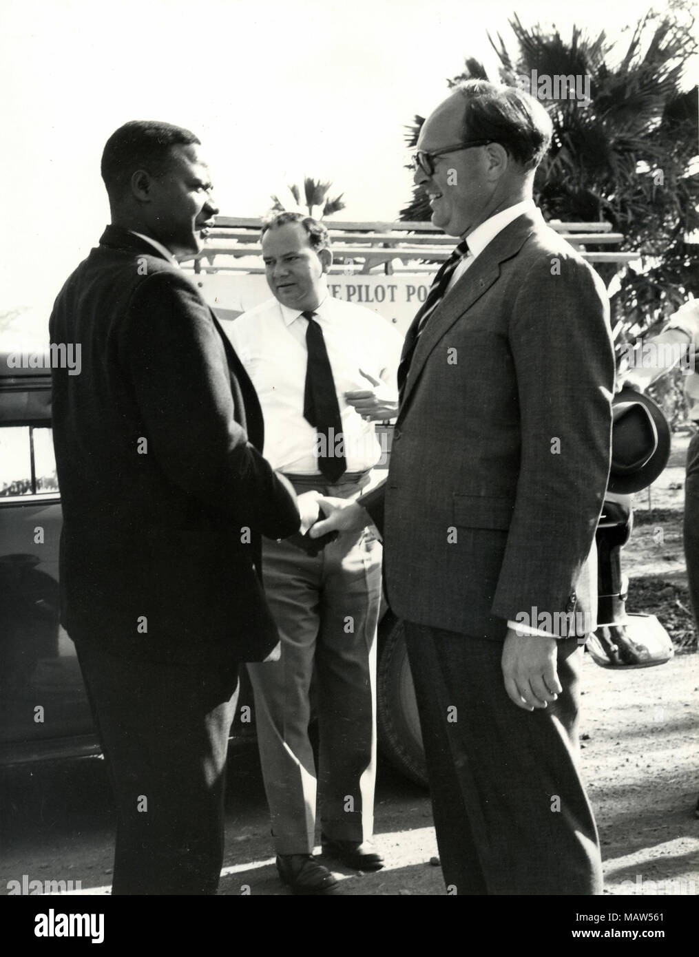 African Agriculture Minister E. Mwamba and E.M. Sicely GM of Rhodesian Selection Trust, Kafue Pilot Polder, Zambia, South Rhodesia 1959 - Stock Image