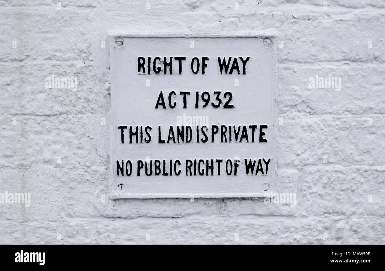 right of way act 1932 this land is private no public right of way sign - Stock Image
