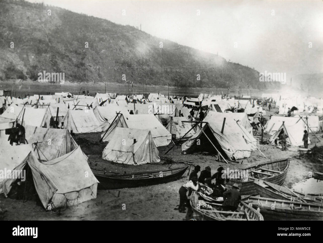 Chee-Chacos Camping Ground, Dawson City, Canada 1898 - Stock Image