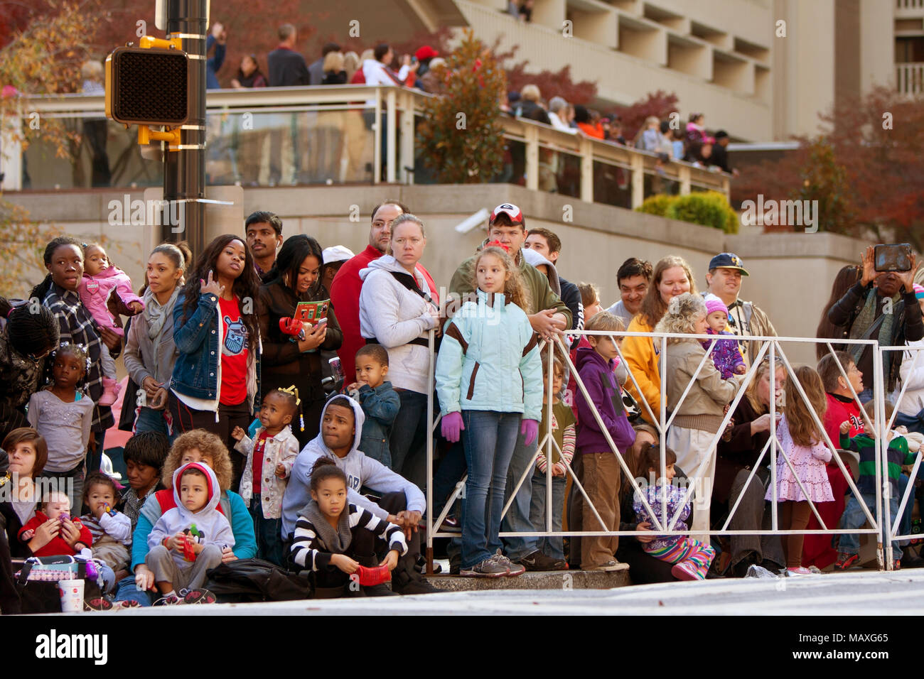 Tahlequah Christmas Parade 2021 Watching Parade High Resolution Stock Photography And Images Alamy