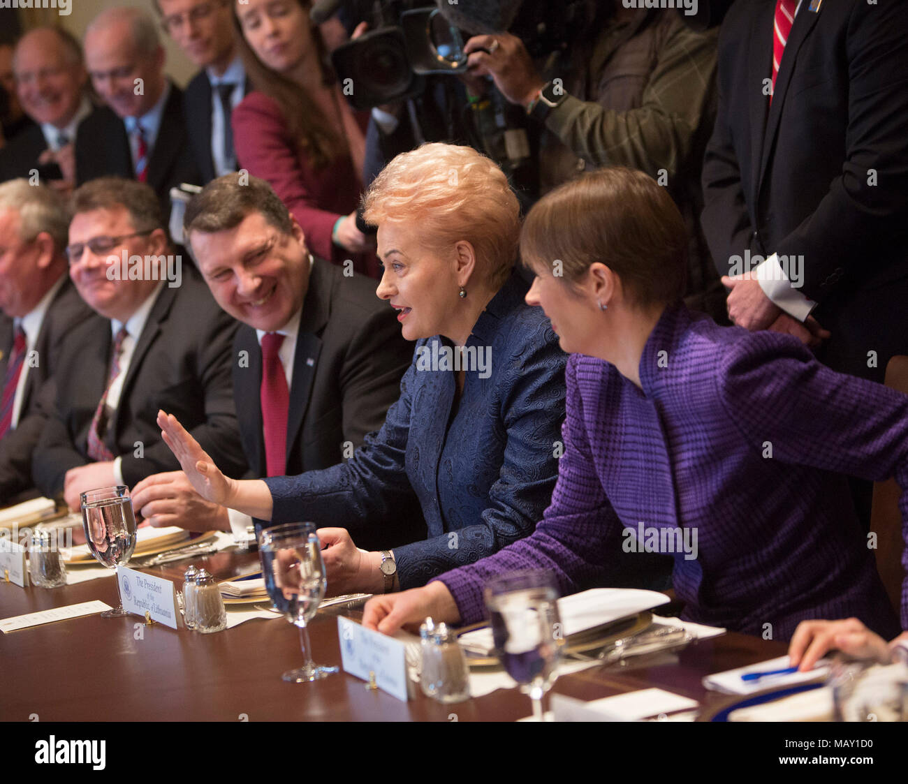 Washington, USA. 03rd Apr, 2018. Dalia Grybauskaite, President of Lithuania (2nd R) participates in a meeting with Kersti Kaljulaid (R), President of Estonia and President Raimonds Vejonis of Latvia at The White House in Washington, DC, April 3, 2018. - NO WIRE SERVICE - Credit: Chris Kleponis/Consolidated/dpa/Alamy Live News Stock Photo