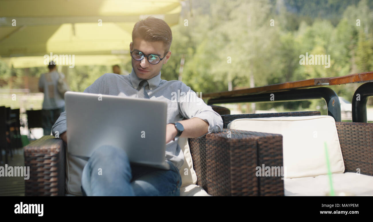 Bussiness man in caffe with bussines plan - Stock Image