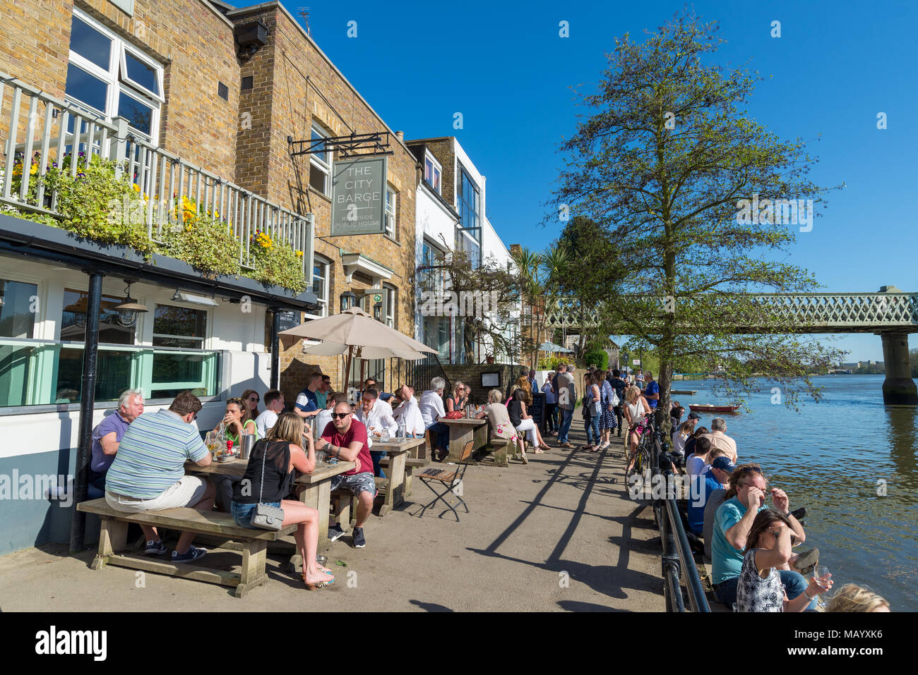 The City Barge Thames riverside pub, Strand-on-the-green, Chiswick, London, UK - Stock Image