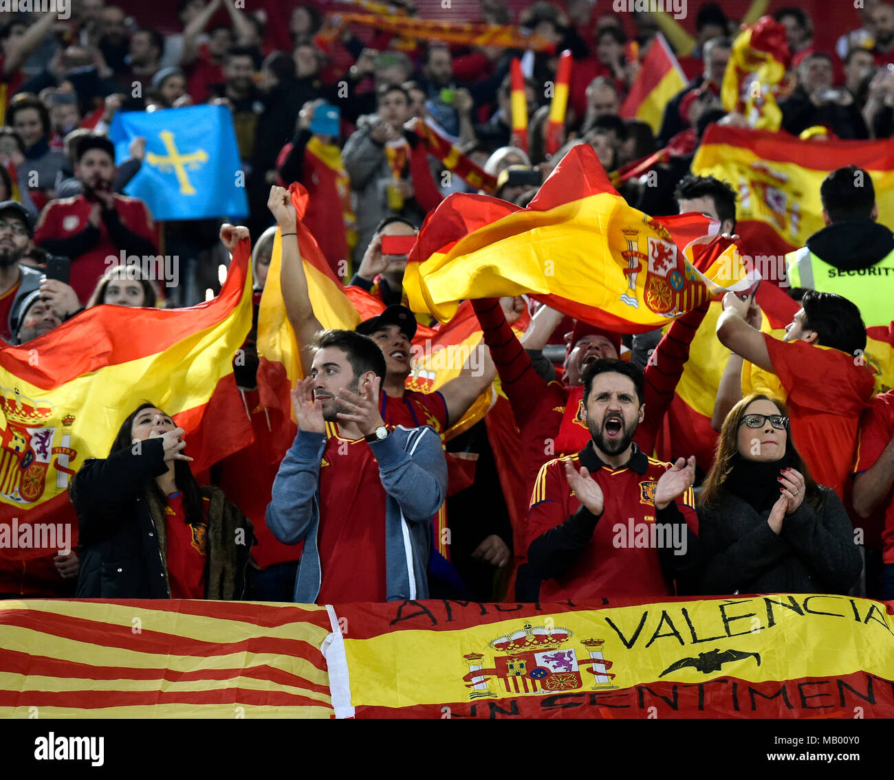 Cheers from Spanish fans during football match, Esprit Arena, Düsseldorf, North Rhine-Westphalia, Germany Stock Photo