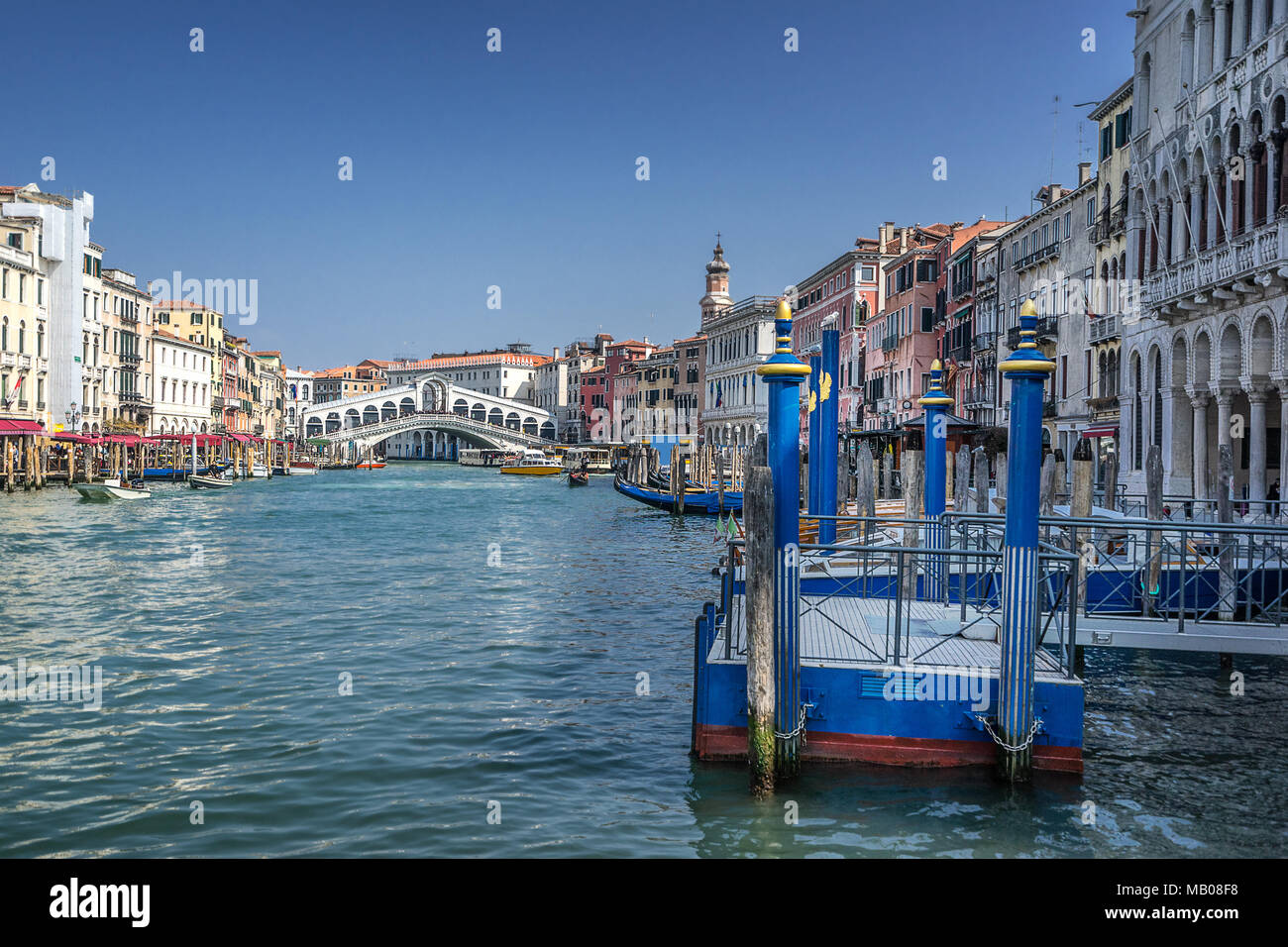 Rialto on the Grand Canal in Venice - Stock Image