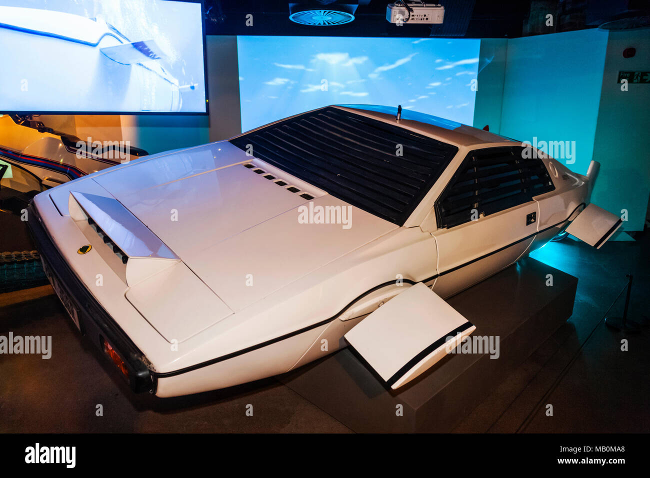 England, London, Covent Garden, London Film Museum, Lotus Esprit S1 Car from The James Bond Movie The Spy Who Loved Me dated 1977 - Stock Image