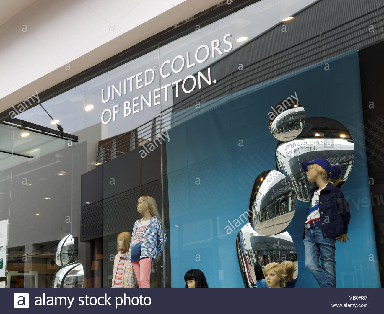 United colors of benetton stock photos united colors of for United colors of benetton online shop outlet