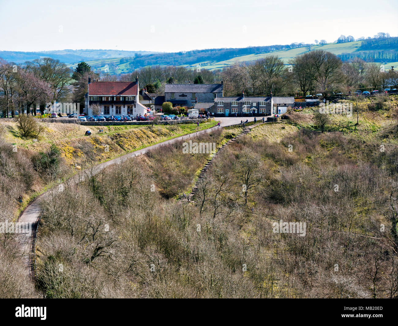 Peak District National Park. 5th Apr, 2018. pub; cafe; UK Weather: visitors, walkers & cyclists enjoying the glorious sunshine on Thursday after the wet Easter Bank Holiday break along the Monsal Trail at Monsal Head & viaduct near Ashford on the Water & Bakewell in the Peak District National Park Credit: Doug Blane/Alamy Live News - Stock Image