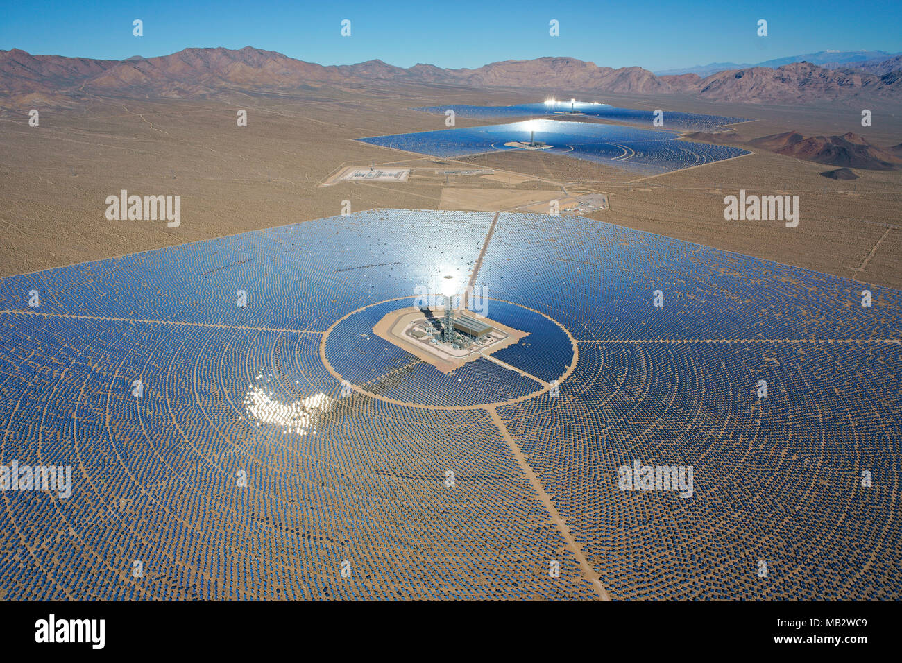 IVANPAH SOLAR ELECTRIC GENERATING SYSTEM (aerial view) (world's largest concentrated solar power plant as of 2018). Mojave Desert, California, USA. - Stock Image