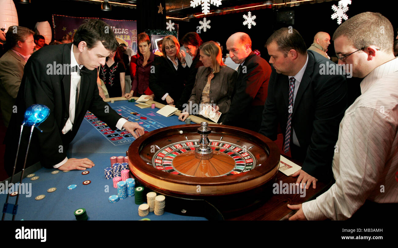 [Image: a-pop-up-casino-roulette-wheel-with-peop...MB3AMH.jpg]