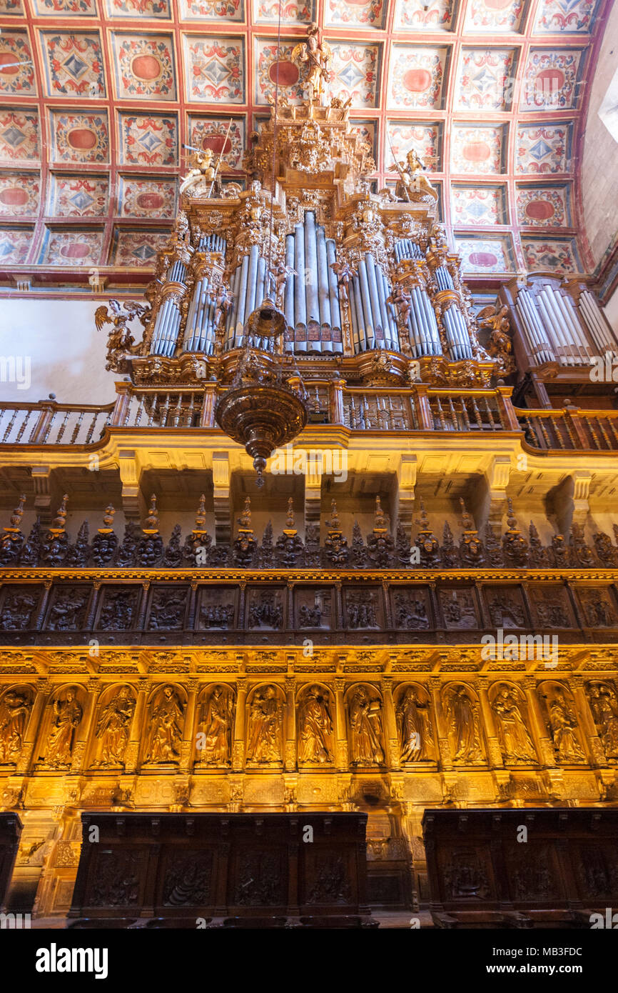 Organ in the choir of the church in Museo e Iglesia de San Martín Pinario, Santiago de Compostela, Galicia, Spain Stock Photo