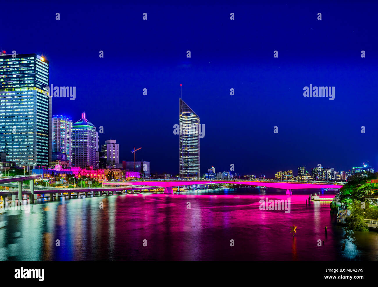 Beautiful Brisbane river colours just before the 2017 Riverfire celebration - Stock Image