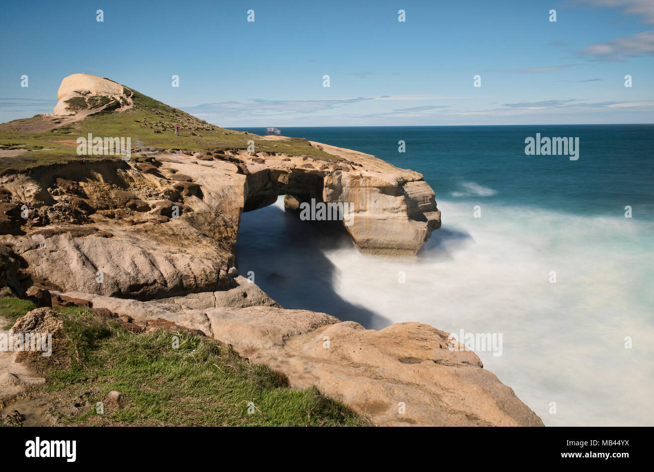 Dramatic Tunnel Beach, Dunedin, New Zealand - Stock Image