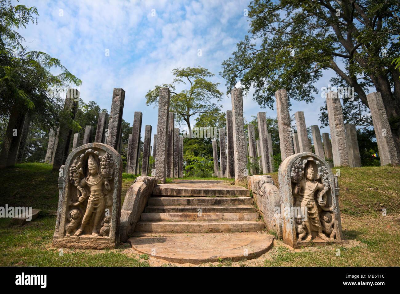 Horizontal view of Thuparamaya Bodhigara in Anuradhapura, Sri Lanka. - Stock Image